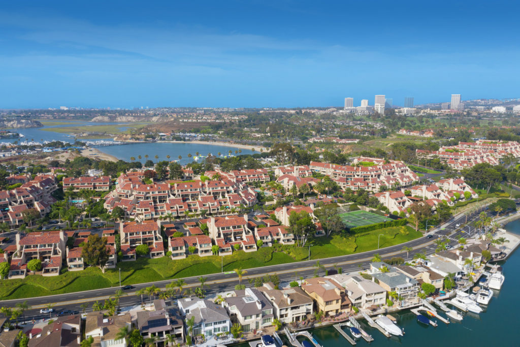 Promontory Point Apartment Homes